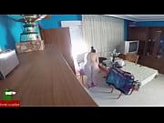 una mujer viuda se hace la enferma para que el doctor venga a casa y poder comerse su polla GUI114