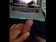 Порно видео большой черный член в маленькой пизде
