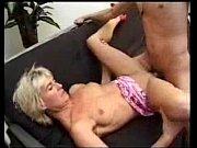 Порно с большими мамиными сиськами