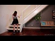 смотреть онлайн качественное порно видео дочь делает массаж маме