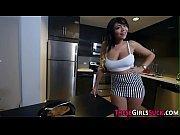 секс видео девушка изменяет парню
