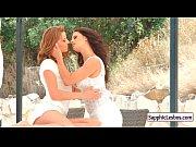 Секс на пляже с большими сиськами видео