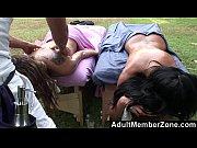 Молодой парень гомик с огромным членом трахнул своего друга
