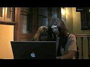 Порно видео папа рвет целку дочери русское