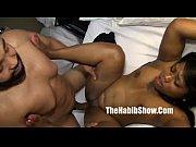 Hvordan stimulere klitoris hva tenner jenter på