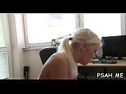 русские девки издеваются над членом парня