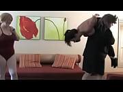 Жена трахается перед мужем видео