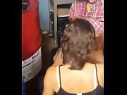 Жена ебеться а муж снимает видео