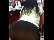 Видео подсмотренное за женщинами в тренажерном зале