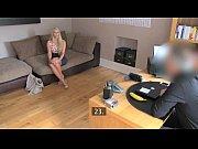 смотреть порно видео огромный самотык в попку