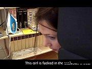 онлайен брат сетрой на кухне порно