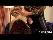 анальный секс с подручными средствами видео