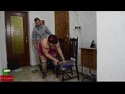 русская мамка со страпоном пристает к дочке