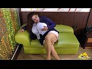 русским девушкам заливают спермой рот и лицо видео