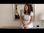 видео голых сочных мамаш с сыном