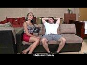 Русский домашний секс мужа с женой в трусиках
