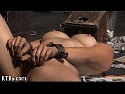 Секс голые женщины до трусов и до лифчика с мужиком
