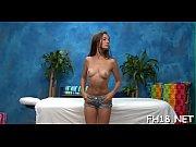 Young lesbian porn store deilige pupper