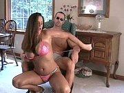 госпожа принуждает раба вылизывать письку порно фото