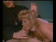 смотреть массаж вибратором матки до струйного