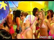 обнаженные девушки на карнавале фото