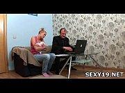Порно онлайн старшая сестра отдается брату на его день рождения