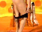 suzana garcia - sexyclube 25 08 05 - strip1