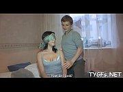 Ебет сестру стерву в ванной видео онлайн