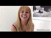 Видео с русским переводом огромные груди девушек