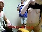 Порно молодой парень трахнул мать своей подруги