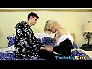 Парно ролик эротика сел на морду пиздой удушение