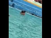 Vanegas bajo el agua :v