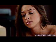 Зрелые сочные красотки в порно видео