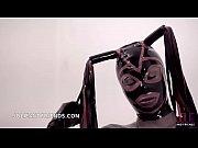 Трахает парня ногой онлайн видео