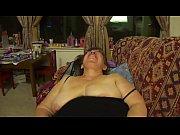 abuelita mamando verga de Lisa18x.com