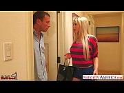 смотреть порно блондинка в лифте