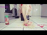 fetichisme pieds amateur - une blonde &eacute_crase des.