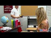 молодая русская девушка в первый раз сасет хуй видео