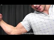 Live porno kamera strap on miehelle