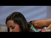 Смотреть порно ебет жену глубоко в горло