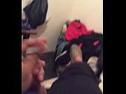Девушка достает тампон у гинеколога видео