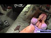 Порно видео дени д с большим хуем трахнул жену и мужа