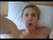 порно дед трахает брюнетку