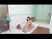 Newbie nuru masseur Kendra Spade