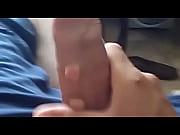 Госпожа в высоких сапогах дрочит видео
