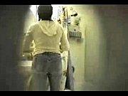 Скрытая камера в женской раздевалке на показе мод