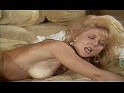 Случай на пляже русский секс видео