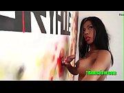 Travesti cover da Ines brasil dando para pinto na parede