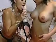 секс на столе фото в жопу саматыком