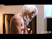 Огромная жирная целюлитная задница в порно